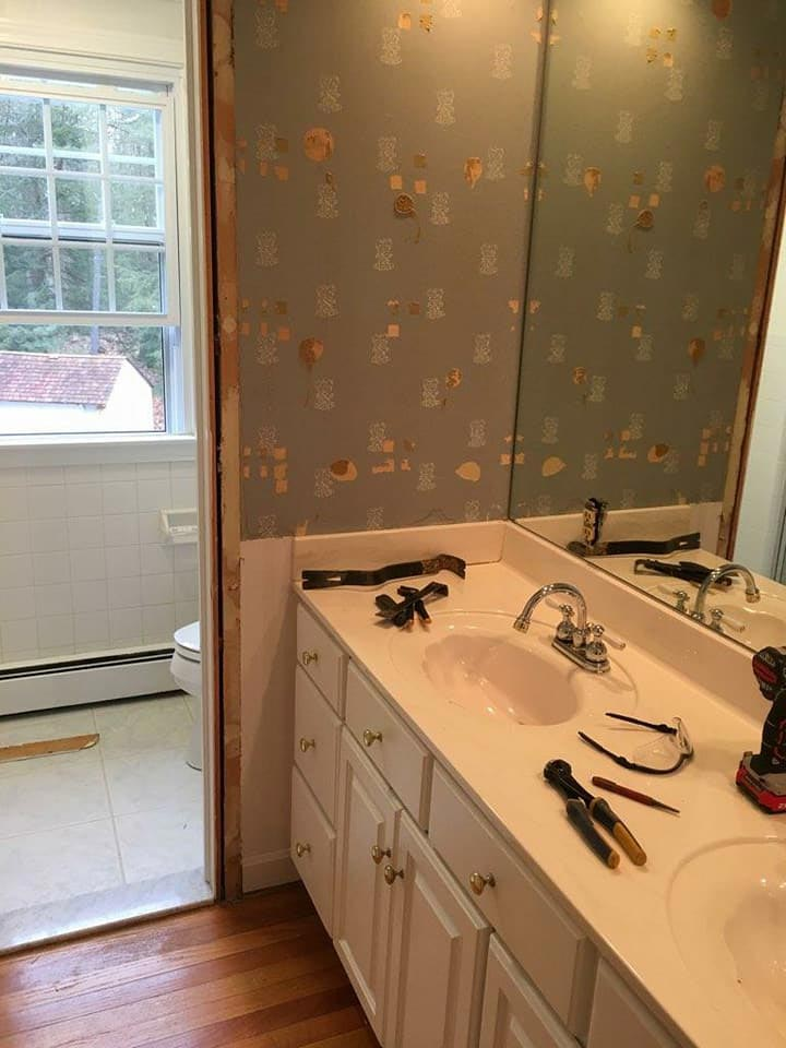 Before picture of bathroom remodel in Avon CT